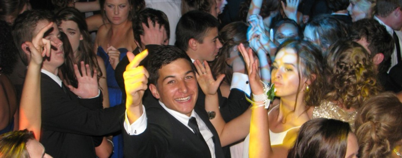 Auckland dj hire for school ball dj hire big or small.jpg